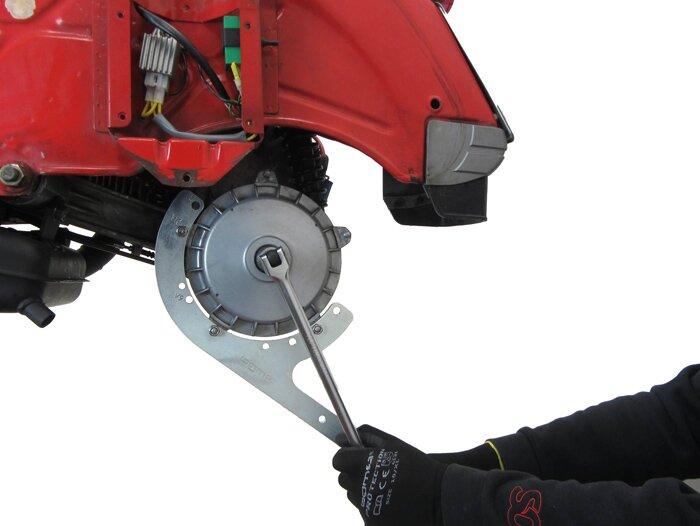 """BGM7914TL-Drum brake holder 9""""+10"""" -BGM PRO- Vespa Largeframe 10"""""""