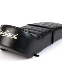 BGM2706 Sitzbank -BGM PRO Giuliari 7Ts Cutback Lambretta (Serie 1-3) schwarz – weisser Schriftzug